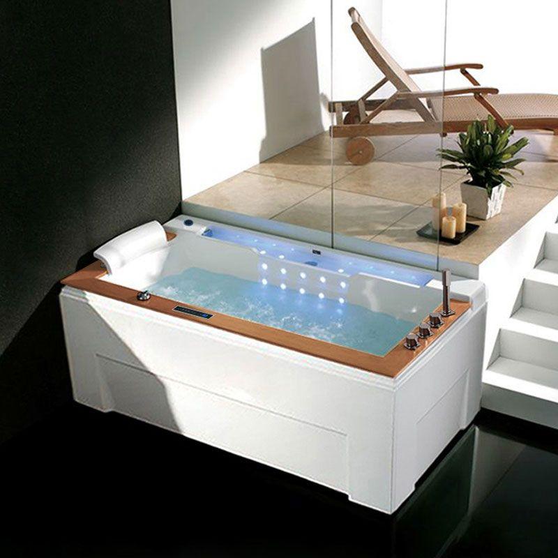 Thalasso à domicile avec cette belle baignoire massante