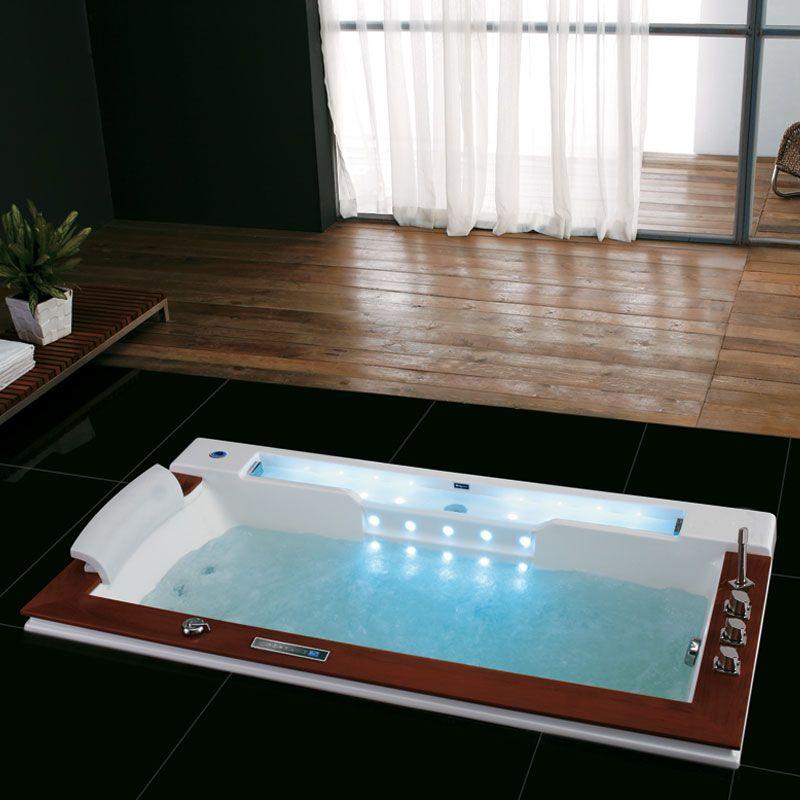 Petite baignoire à encastrer 1 place avec finition en teck